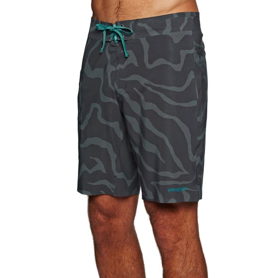 438202dfb7 Patagonia Clothing & Accessories | Free Delivery* at Surfdome