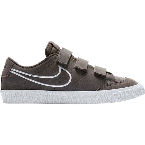 75acce7483e Nike SB Zoom Blazer AC XT Shoes available from Blackleaf