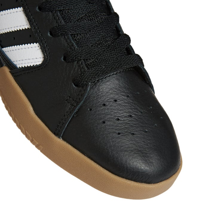 Adidas VRX Low Shoes
