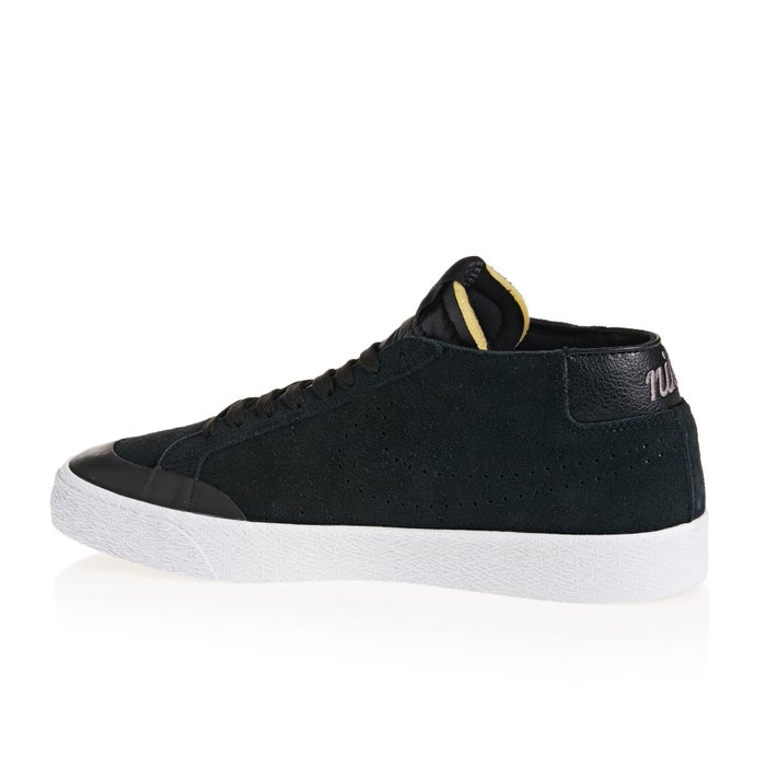 Nike SB Blazer Chukka Xt Shoes