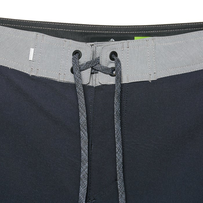 Quiksilver Highline Hold Down 18in Boardshorts