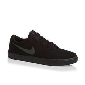 bb73bb9ee1 Nike SB. Sapatos Nike SB Check Solarsoft Canvas ...