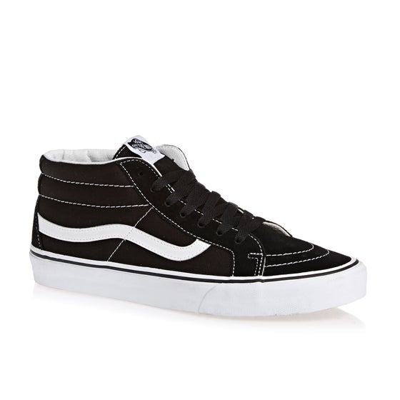 19386cb661 Skate Shoes available from Surfdome