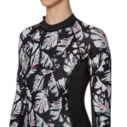 3c5d99e2ae Billabong Spring Fever 2mm 2018 Back Zip Long Sleeve Shorty Ladies Wetsuit