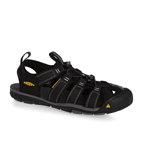 c090602ddbd9 Keen Clearwater CNX Sandály available from Surfdome