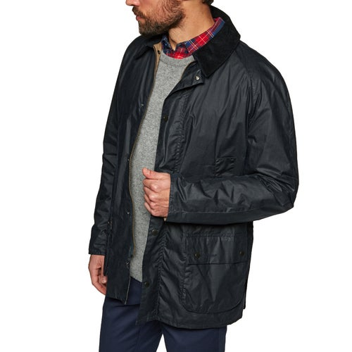 Chaqueta encerada Barbour Lightweight 4oz Ashby disponible de Surfdome bc693b3a231d8