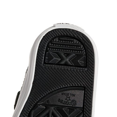 Converse Chuck Taylor All Star 2v Ox Leather Baby Shoes available ... 4b79dff20