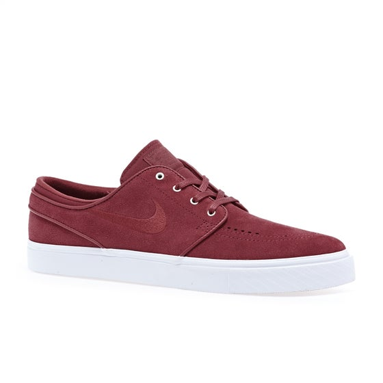 e09f344a41ac Nike Skateboarding Clothing and Shoes - Free Delivery Options Available