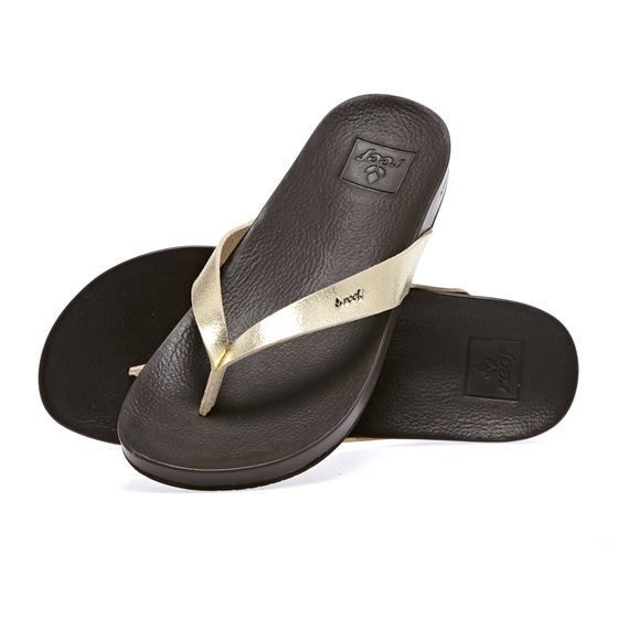 91184e06e521 Reef. Reef Cushion Bounce Court Womens Sandals - Champagne