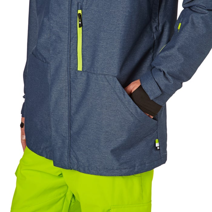 c1835f31a Chaqueta de snowboard DC Ripley available from Surfdome