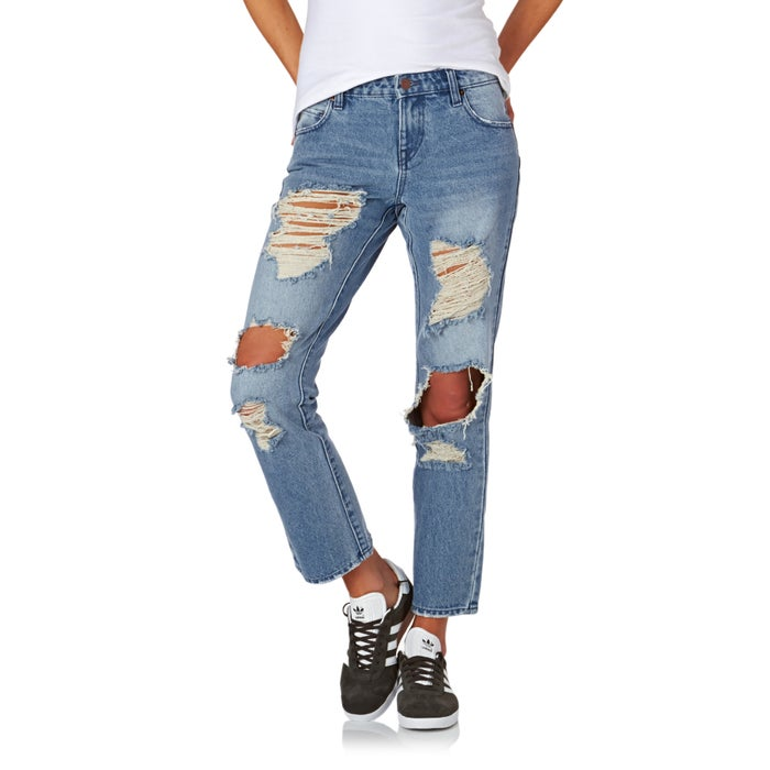 9561efcda9 Vaqueros Mujer Volcom Straight Destroy available from Surfdome