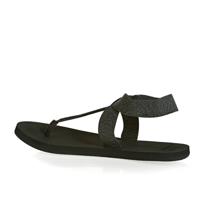 fee0382d9eb0 Reef Cushion Moon Womens Sandals available from Surfdome
