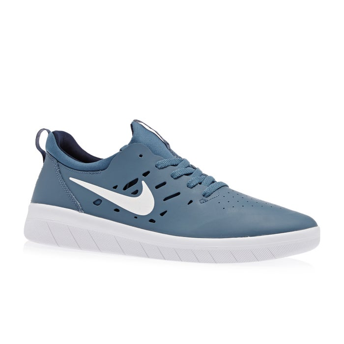 2ee594ec231c9 Nike SB Nyjah Free Shoes available from Surfdome
