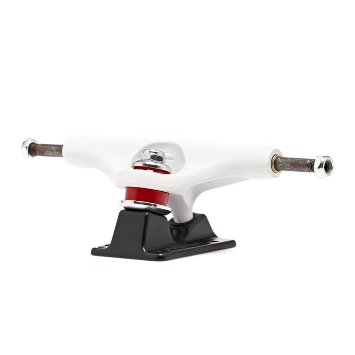 Independent Forged Hollow Thrasher Oath Stage 11 149 Mm Skateboard Truck